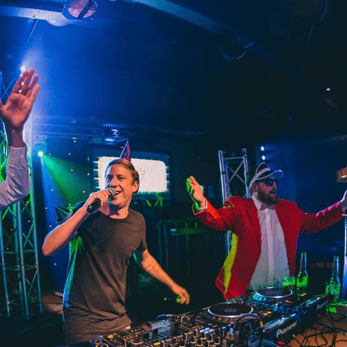 Karaoke-overijssel-themafeest-DJvoorjou